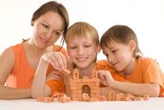 γιοι μητέρων δύο νεολαίε&sig Στοκ εικόνα με δικαίωμα ελεύθερης χρήσης