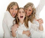 γιορτάζοντας αδελφές Στοκ Φωτογραφίες