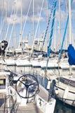 Γιοτ και βάρκες στον παλαιό λιμένα στο Παλέρμο Στοκ φωτογραφία με δικαίωμα ελεύθερης χρήσης