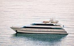 Γιοτ πολυτέλειας στην αδριατική θάλασσα σε Dubrovnik Στοκ φωτογραφία με δικαίωμα ελεύθερης χρήσης