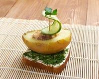 Γιοτ φιαγμένο από πατάτες και αγγούρι Στοκ εικόνες με δικαίωμα ελεύθερης χρήσης