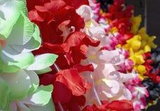 Γιρλάντα λουλουδιών Lei σε πολλά χρώματα στοκ εικόνες