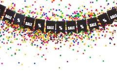 Γιρλάντα των μαύρων σημαιών Η πώληση και τα τοις εκατό SIG επιγραφής Στοκ φωτογραφία με δικαίωμα ελεύθερης χρήσης