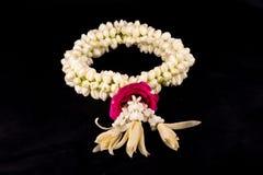 Γιρλάντα της Jasmine των λουλουδιών Στοκ φωτογραφία με δικαίωμα ελεύθερης χρήσης