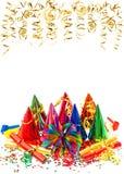 Γιρλάντες, ταινία και κομφετί διακοσμήσεων κομμάτων καρναβαλιού Στοκ εικόνα με δικαίωμα ελεύθερης χρήσης