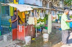 Γιρλάντες της Jasmine στον ινδό ναό Colombo στοκ εικόνα με δικαίωμα ελεύθερης χρήσης