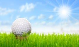 γκολφ σφαιρών πράσινο στοκ φωτογραφία με δικαίωμα ελεύθερης χρήσης