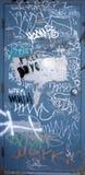 γκράφιτι πορτών Στοκ εικόνα με δικαίωμα ελεύθερης χρήσης