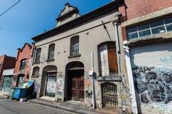 Γκράφιτι που καλύπτονται να ενσωματώσει την πίσω οδό Collingwood, Μελβούρνη Στοκ Φωτογραφίες