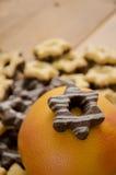 Γκρέιπφρουτ και μπισκότα Στοκ εικόνες με δικαίωμα ελεύθερης χρήσης