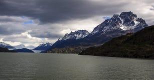 Γκρίζα λίμνη, Torres del Paine, Χιλή Στοκ Εικόνα
