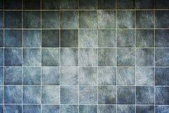Γκρίζα διαστισμένα κεραμίδια τοίχων Στοκ Φωτογραφίες