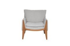 Γκρίζα και ξύλινη πολυθρόνα καναπέδων χρώματος που απομονώνεται στο άσπρο υπόβαθρο στοκ φωτογραφία