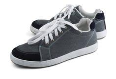γκρίζα πάνινα παπούτσια Στοκ εικόνες με δικαίωμα ελεύθερης χρήσης