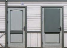 Γκρίζα πόρτα Στοκ Εικόνες