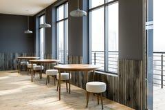 Γκρίζες εσωτερικές, διασκέψεις στρογγυλής τραπέζης καφέδων ελεύθερη απεικόνιση δικαιώματος