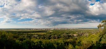 γκρίζος κατώτερος εργοστασίων σύννεφων Στοκ Εικόνες
