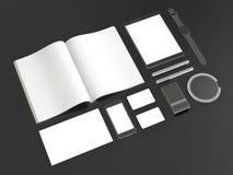 Γκρίζο μαρκάροντας πρότυπο Πρότυπο που τίθεται στο μαύρο υπόβαθρο τρισδιάστατη απόδοση τρισδιάστατη απεικόνιση ελεύθερη απεικόνιση δικαιώματος
