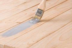 Γκρίζο χρώμα βουρτσών χρωμάτων πινάκων ζωγραφικής ξύλινο Στοκ φωτογραφία με δικαίωμα ελεύθερης χρήσης