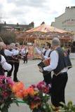 ΓΚΡΗΝΟΥΙΤΣ, ΛΟΝΔΙΝΟ, UK - 13 ΜΑΡΤΊΟΥ: Χορευτές αγγλικό Πάσχα ατόμων Morris Blackheath την Κυριακή 13 Μαρτίου 2016 στο Γκρήνουιτς  Στοκ Φωτογραφίες