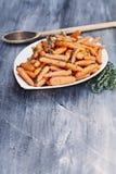 Γλυκά βερνικωμένα μέλι καρότα μωρών Στοκ φωτογραφία με δικαίωμα ελεύθερης χρήσης