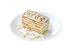 Γλυκά, κέικ, παραδοσιακή ουγγρική, αυστριακή κουζίνα Κέικ Esterhazy που τεμαχίζεται στο άσπρο υπόβαθρο Γλυκό νόστιμο επιδόρπιο στ στοκ φωτογραφία με δικαίωμα ελεύθερης χρήσης