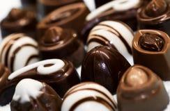 Γλυκά σοκολάτας των διάφορων μορφών, εύγευστος ορεκτικός, στοκ φωτογραφία με δικαίωμα ελεύθερης χρήσης