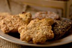 Γλυκά τραγανά μπισκότα του διαφορετικού γούστου στοκ εικόνες