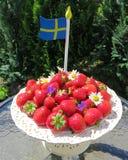 Γλυκές σουηδικές φράουλες για το θερινό ηλιοστάσιο Στοκ φωτογραφίες με δικαίωμα ελεύθερης χρήσης