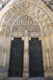 Γλυπτική και γλυπτό στην πύλη της εκκλησίας στο κάστρο της Πράγας Στοκ φωτογραφίες με δικαίωμα ελεύθερης χρήσης
