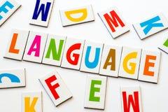 Γλώσσα λέξης φιαγμένη από ζωηρόχρωμες επιστολές Στοκ Εικόνες