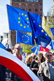 Γντανσκ, Πολωνία, 05 03 2016 - οι άνθρωποι με την Ευρωπαϊκή Ένωση σημαιοστολίζουν το du Στοκ Φωτογραφίες