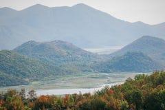 Γοητευτική φύση του Μαυροβουνίου τον Αύγουστο στοκ φωτογραφίες με δικαίωμα ελεύθερης χρήσης