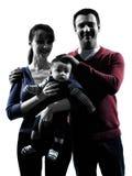 Γονείς με τη σκιαγραφία πορτρέτου μωρών Στοκ Φωτογραφίες