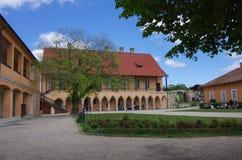 Γοτθικά παλάτι και προαύλιο μέσα στο φρούριο Eger Eger, που κρεμιέται Στοκ φωτογραφία με δικαίωμα ελεύθερης χρήσης
