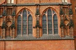 γοτθικά Windows εκκλησιών καθ&ep Στοκ Εικόνα