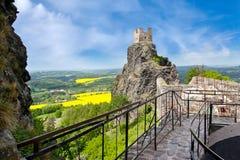 Γοτθικές καταστροφές του κάστρου Trosky, τσεχικός παράδεισος, Τσεχία Στοκ Φωτογραφίες