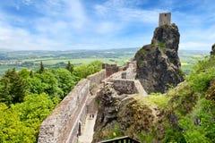 Γοτθικές καταστροφές του κάστρου Trosky, τσεχικός παράδεισος, Τσεχία Στοκ φωτογραφία με δικαίωμα ελεύθερης χρήσης