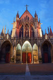 Γοτθική εκκλησία τη νύχτα, Στοκ Εικόνες