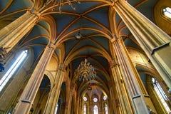 Γοτθική εσωτερική αρχιτεκτονική καθεδρικών ναών Στοκ φωτογραφίες με δικαίωμα ελεύθερης χρήσης