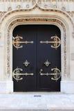 Γοτθική μπροστινή πόρτα Στοκ εικόνες με δικαίωμα ελεύθερης χρήσης
