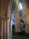 γοτθικό εσωτερικό εκκλησιών Στοκ Φωτογραφίες