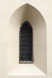 Γοτθικό παράθυρο καθεδρικών ναών Στοκ εικόνα με δικαίωμα ελεύθερης χρήσης