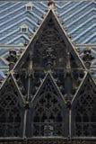 γοτθικό παράθυρο κεραμι& Στοκ φωτογραφίες με δικαίωμα ελεύθερης χρήσης