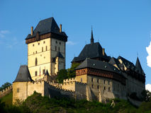 Γοτθικό Karlstejn Castle κοντά στην Πράγα, Δημοκρατία της Τσεχίας Στοκ Εικόνες