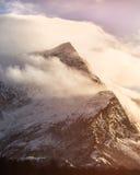 Γούρνα Sandhornet τα σύννεφα στοκ φωτογραφία με δικαίωμα ελεύθερης χρήσης