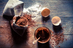 Γούστο της παιδικής ηλικίας, του λέκιθου αυγών με τη ζάχαρη και του κακάου Στοκ φωτογραφίες με δικαίωμα ελεύθερης χρήσης