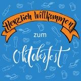 Γράφοντας έμβλημα και σχέδιο χεριών βουρτσών Oktoberfest Στοκ εικόνα με δικαίωμα ελεύθερης χρήσης