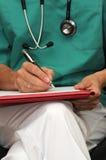 γράψιμο γιατρών Στοκ εικόνες με δικαίωμα ελεύθερης χρήσης