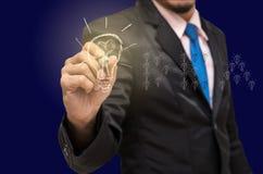 Γράψιμο επιχειρηματιών, που επισύρει την προσοχή στην ιδέα της επιτυχίας Στοκ Εικόνα